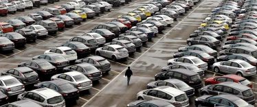 china-surpasses-europe-auto-sales.jpg