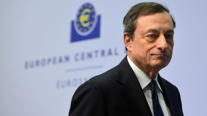 104554397-GettyImages-459928714-mario-draghi.jpg
